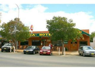 Busy Hotel in Riverina Region, NSW - 1P2771H