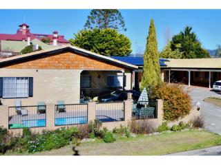Tenterfield's Lowest Rent and a Brand New 30 Year Lease - 1P3708M