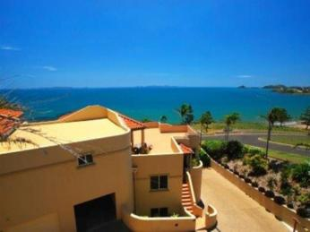 Business for Sale - Stunning Property with Magnificent Ocean Views - ID 8694 BL