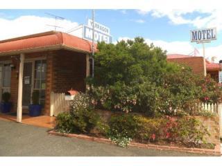 Gippsland Motel - 1P3881M