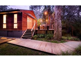 Incredible Eco Retreat Metres from the Beach in Port Stephens  | Resort Brokers ID : FH004428