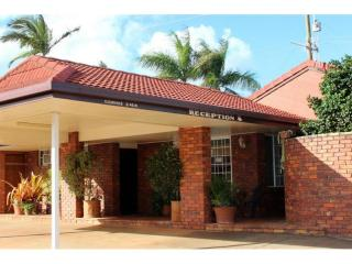 Exceptional 19 Room Motel For Sale – Hwy Exposure – 27 Year Lease - 1P3563M