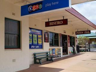 PRICE REDUCTION - Leasehold Hotel - Where the Bush meets the Ocean - 1P2799H