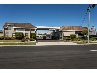 Tasmania; Enviable Lifestyle in this Money Making Motel | Resort Brokers ID : FH004519