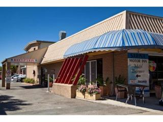 GREAT LEASEHOLD MOTEL FOR SALE, 16 ROOMS, NORTH QUEENSLAND