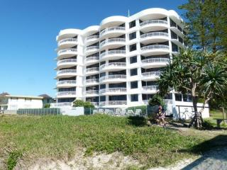 Absolute Beachfront Living With Income, combination Management Rights