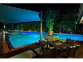 PALM COVE'S BEST HOLIDAY PROPERTY MANAGEMENT RIGHTS FOR SALE