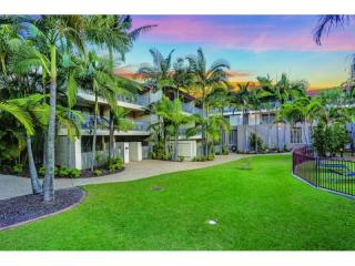 Established Business Only in Brisbane's Inner West | Resort Brokers ID : MRB004641