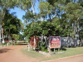 FREEHOLD CARAVAN PARK IN FAR NORTH QUEENSLAND GULF COUNTRY