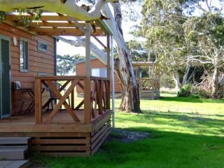 Kangaroo Island Exclusive Cottages and Backpackers | Resort Brokers ID : INV004552