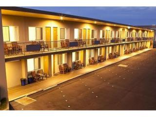 AAA Rated 4 Star Motel in the Heart of the ever growing 'Rainbow Region' of Northern NSW - 1P3537M