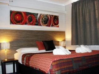 S.E.Qld Leasehold Motel Business for sale, cheapest you will see in this Town!