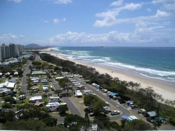 Business For Sale - Beachfront Holiday High Rise Maroochydore - ID 8557 BL