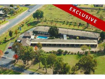1697MF - Outstanding Freehold Family Business