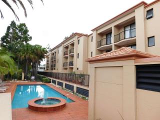 Large 83 Unit Complex, Right in the Heart of Southport | Resort Brokers ID : MR004977