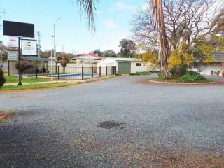 1300MF - Rare Freehold for the Cost of a Lease - A Solid Inspection