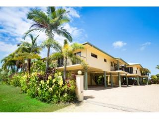 Mission Beach - 14kms of Sandy Beaches Waiting For You! | Resort Brokers ID : MR004651