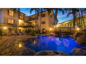 Business For Sale - Cairns Holiday Letting - ID 7886 BL