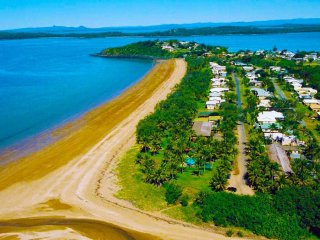 Absolute Beachfront Freehold Accommodation Facility