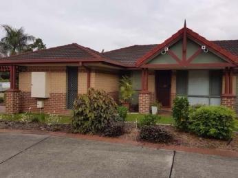 Business For Sale - Permanent Complex Ashmore - ID 8536 BL